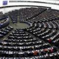 La strada della Serbia verso l'UE: da Macron una doccia fredda