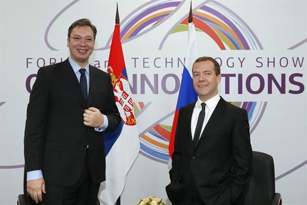 Vucic_Medvedev.jpg