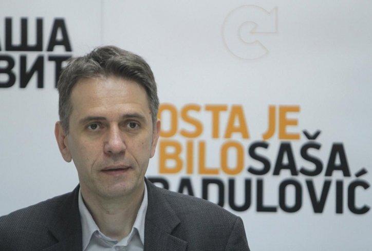 Sasa Radulovic from Dosta je Bilo movement accused of investing the  movement's money abroad - Serbian MonitorSerbian Monitor