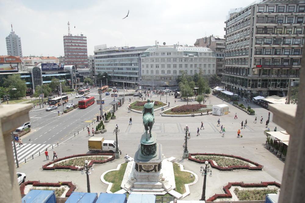 1588773_trg-republike-dragana-udovicic-11-jun-2018_ls.jpg