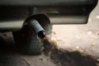 21033-fumo-dallo-scarico.jpg