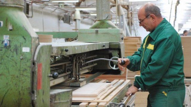 4425_drvna-industrija.jpg