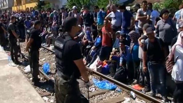 Migranti-1.jpg
