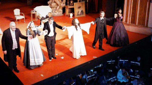 Traviata-rev.jpg