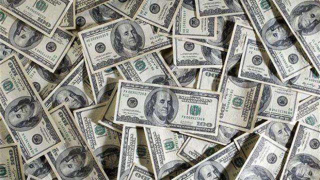 dollars_2676243b.jpg