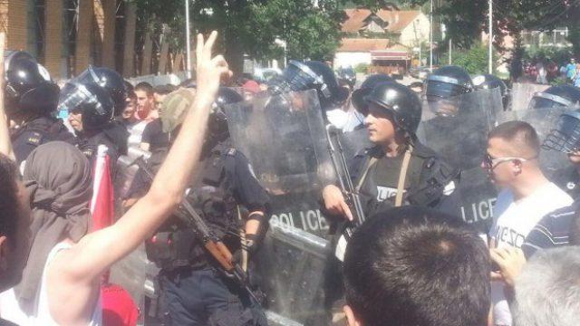 kosovska-mitrovica-foto-twitter-1403450305-521117.jpg
