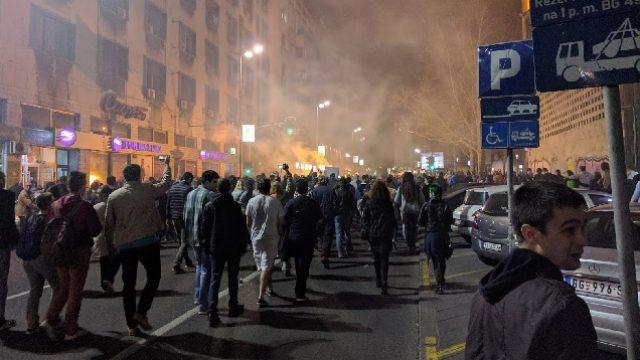 manifestanti.jpg